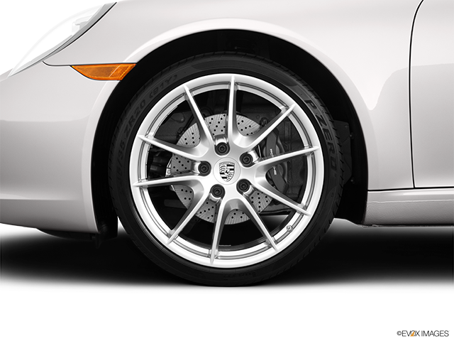 2013 Porsche 911 Front Drivers side wheel at profile