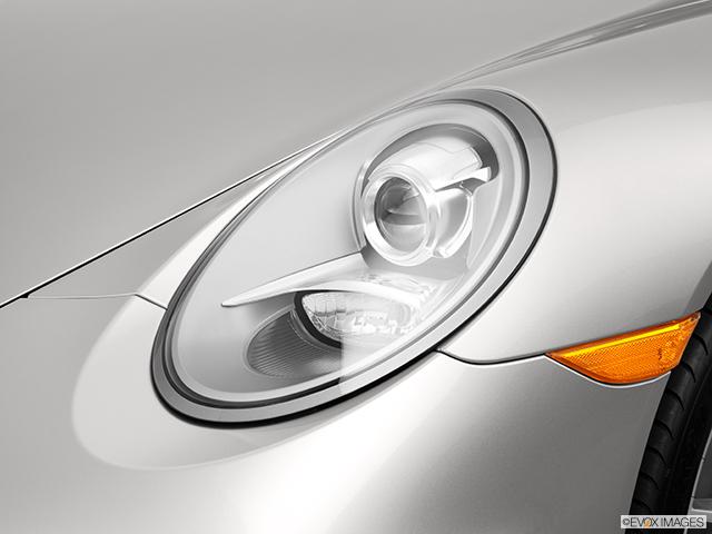 2013 Porsche 911 Drivers Side Headlight