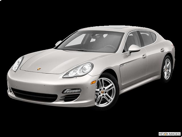 2013 Porsche Panamera Front angle view