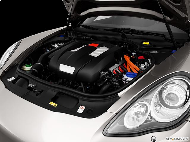 2013 Porsche Panamera Engine