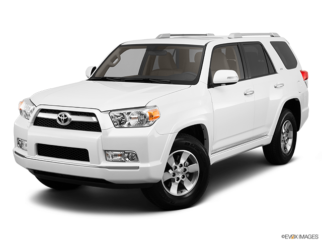2013 Toyota 4Runner Front angle view