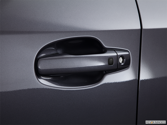 2013 Toyota Land Cruiser Drivers Side Door handle