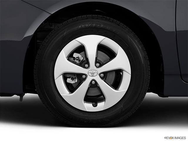 2013 Toyota Prius Front Drivers side wheel at profile