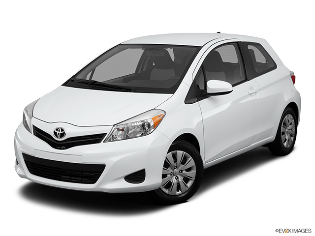 2013 Toyota Yaris Front angle view