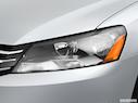 2013 Volkswagen Passat Drivers Side Headlight