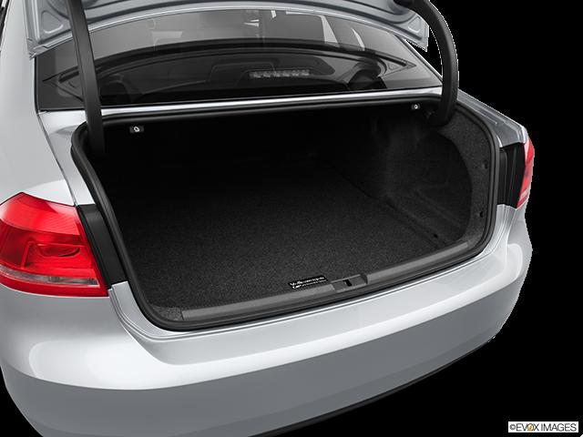 2013 Volkswagen Passat Trunk open