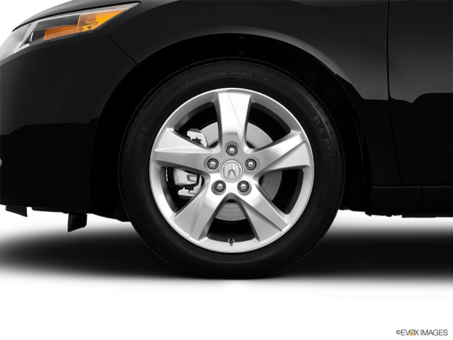 2014 Acura TSX Front Drivers side wheel at profile