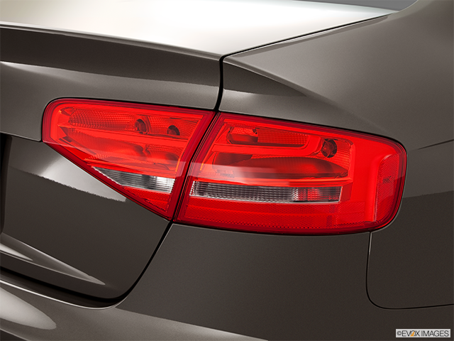 2014 Audi A4 Passenger Side Taillight