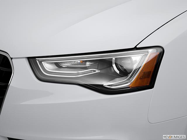 2014 Audi A5 Drivers Side Headlight