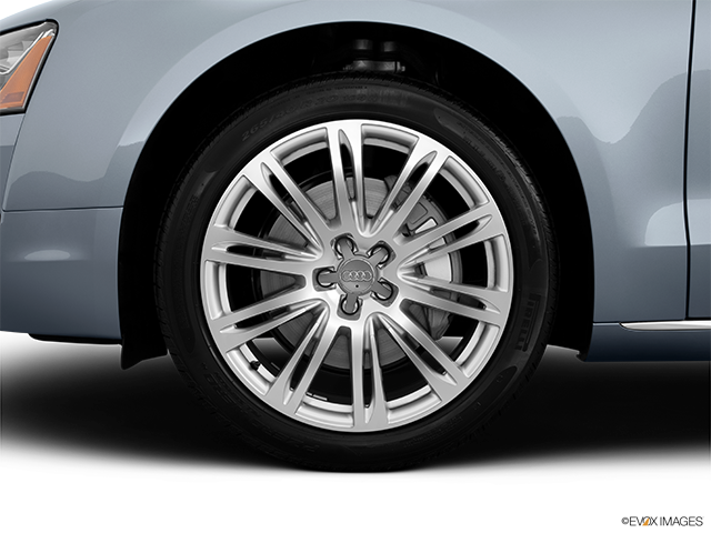 2014 Audi A8 Front Drivers side wheel at profile
