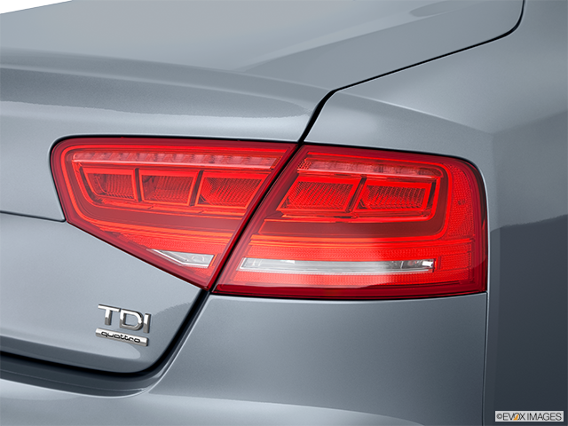 2014 Audi A8 Passenger Side Taillight