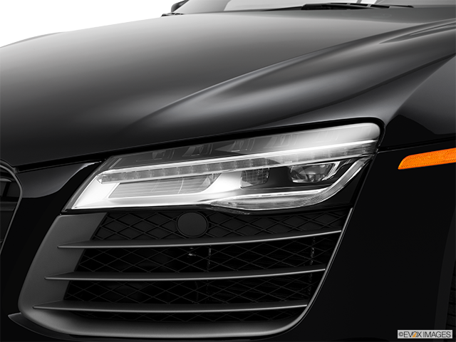 2014 Audi R8 Drivers Side Headlight