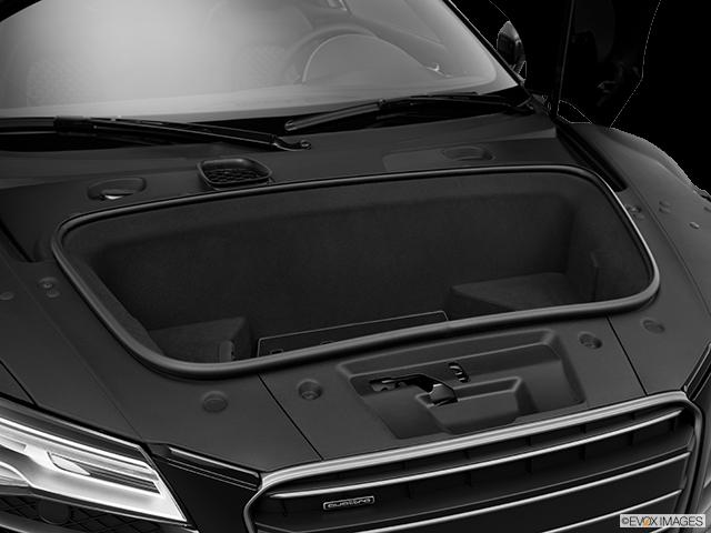 2014 Audi R8 Trunk open
