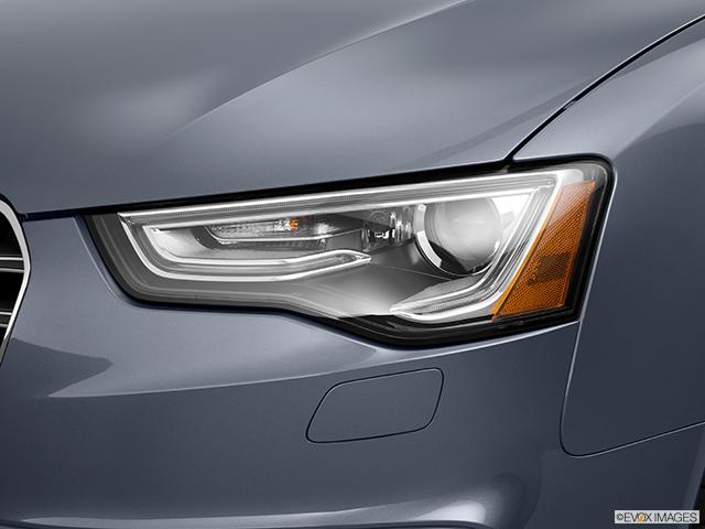 2014 Audi S5 Drivers Side Headlight