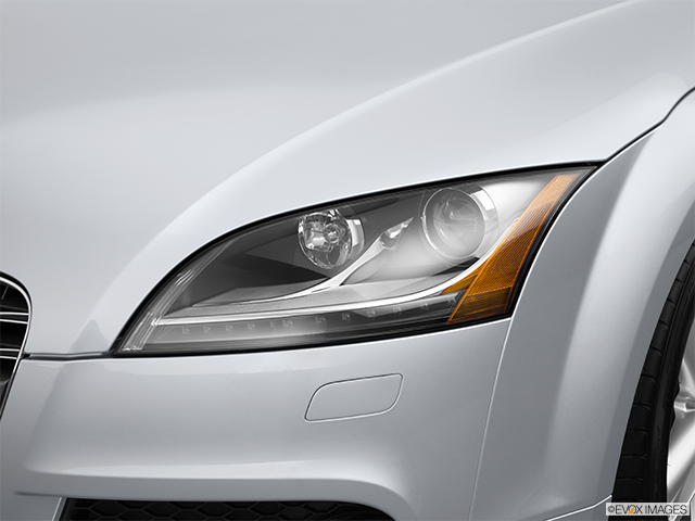 2014 Audi TTS Drivers Side Headlight