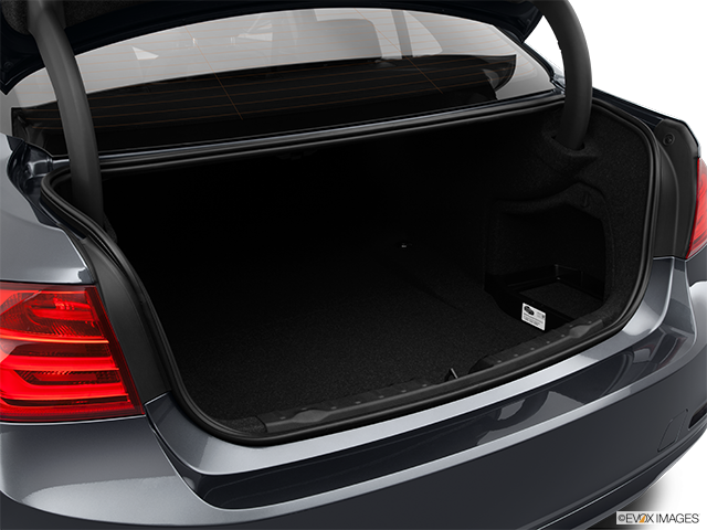 2014 BMW 3 Series Trunk open