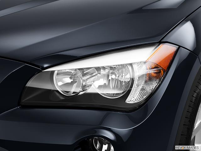 2014 BMW X1 Drivers Side Headlight