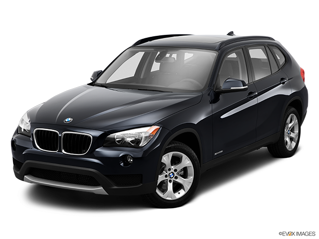 2014 BMW X1 Front angle view