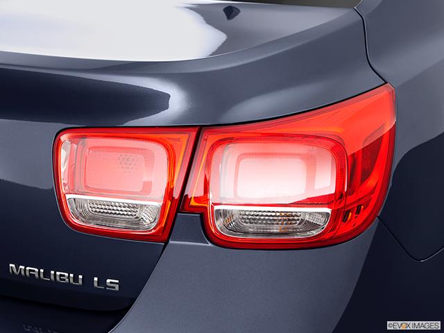 2014 Chevrolet Malibu Passenger Side Taillight