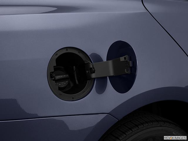 2014 Chevrolet Malibu Gas cap open