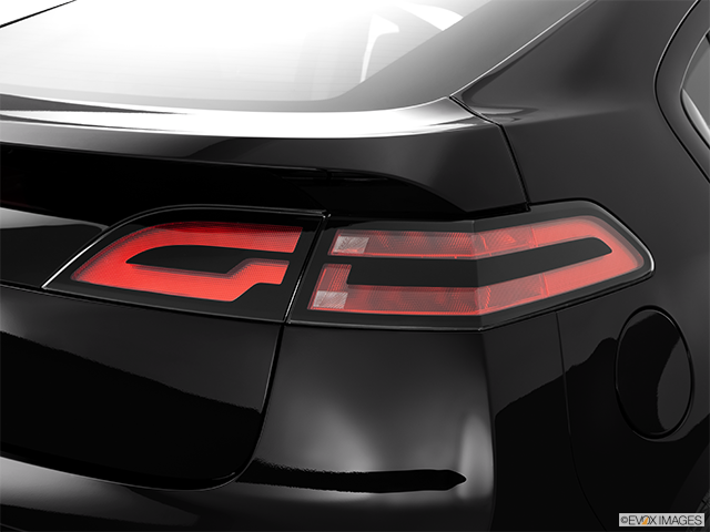 2014 Chevrolet Volt Passenger Side Taillight