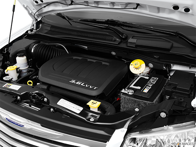 2014 Chrysler Town and Country Engine