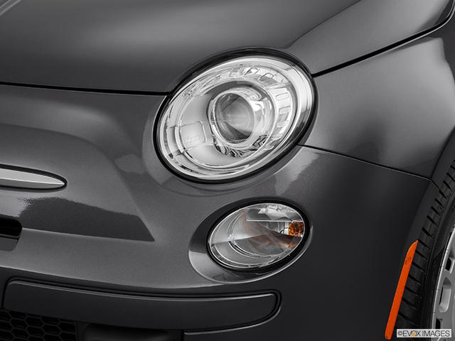 2014 FIAT 500 Drivers Side Headlight