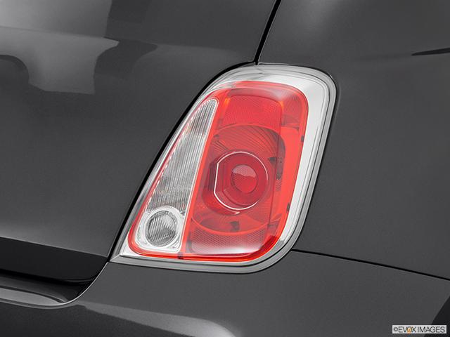 2014 FIAT 500 Passenger Side Taillight