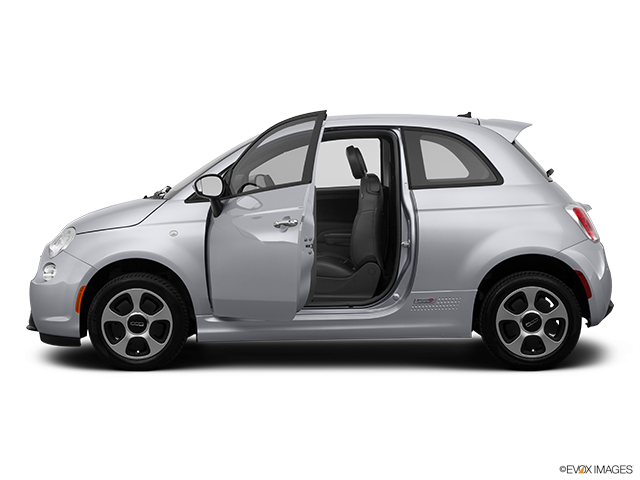 2014 FIAT 500e Driver's side profile with drivers side door open
