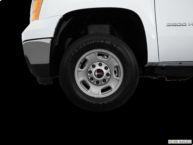 2014 GMC Sierra 2500HD Front Drivers side wheel at profile