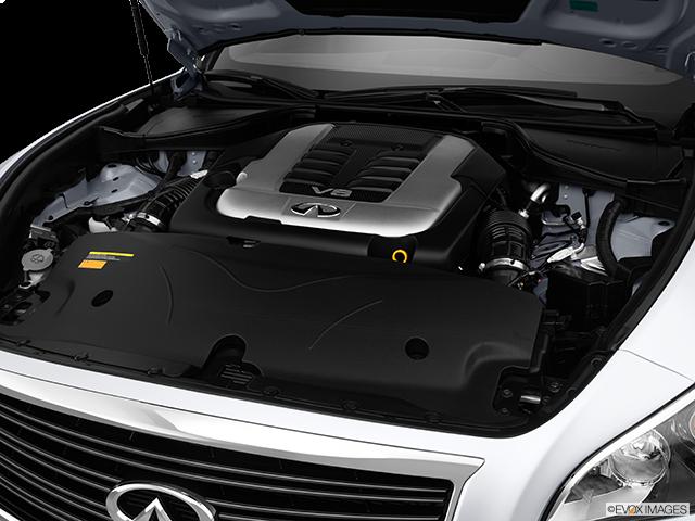 2014 INFINITI Q70 Engine