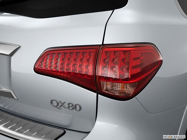 2014 INFINITI QX80 Passenger Side Taillight