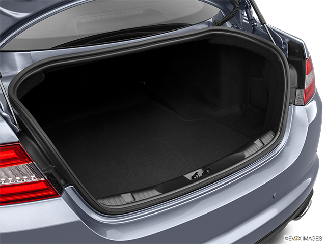 2014 Jaguar XF Trunk open