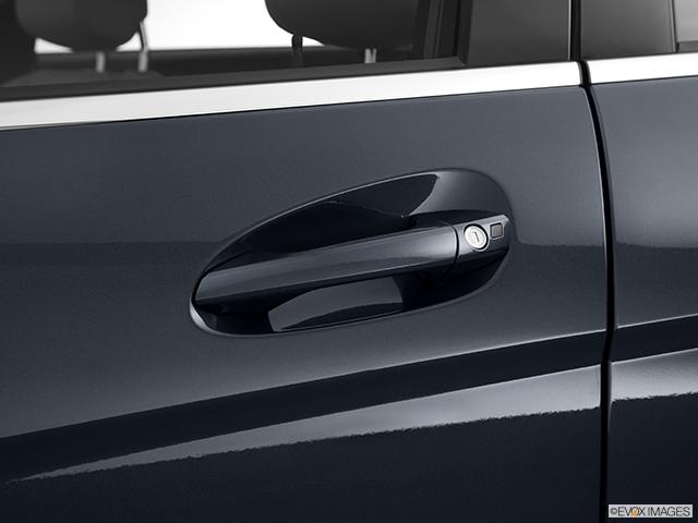 2014 Mercedes-Benz C-Class Drivers Side Door handle