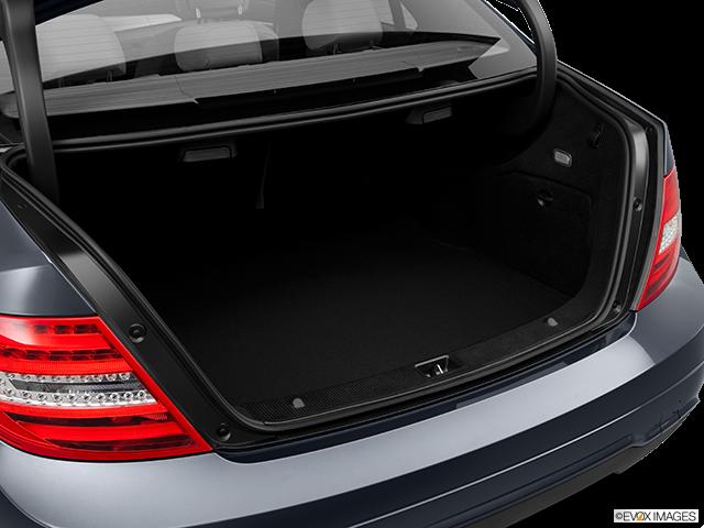 2014 Mercedes-Benz C-Class Trunk open