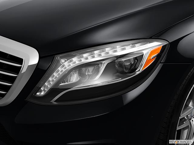 2014 Mercedes-Benz S-Class Drivers Side Headlight
