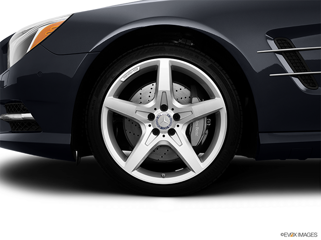 2014 Mercedes-Benz SL-Class Front Drivers side wheel at profile