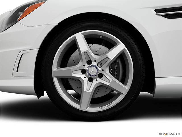 2014 Mercedes-Benz SLK Front Drivers side wheel at profile