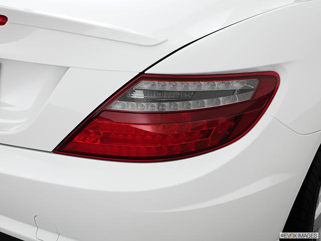 2014 Mercedes-Benz SLK Passenger Side Taillight