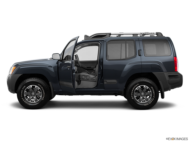 2014 Nissan Xterra Driver's side profile with drivers side door open