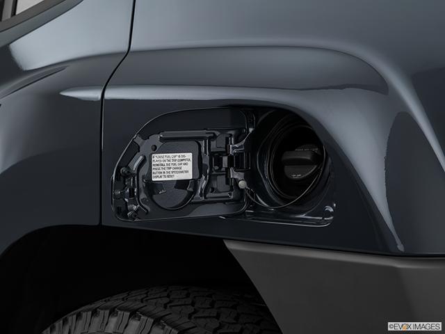2014 Nissan Xterra Chrome tip exhaust pipe