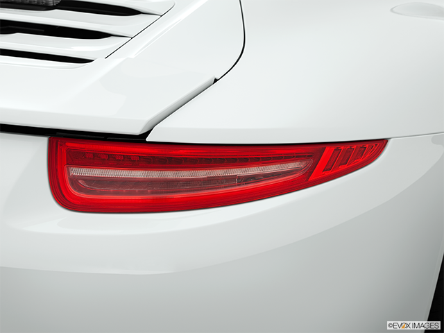 2014 Porsche 911 Passenger Side Taillight