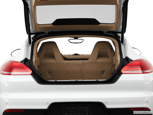 2014 Porsche Panamera Trunk open