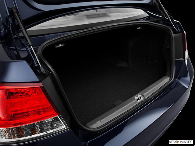 2014 Subaru Legacy Trunk open