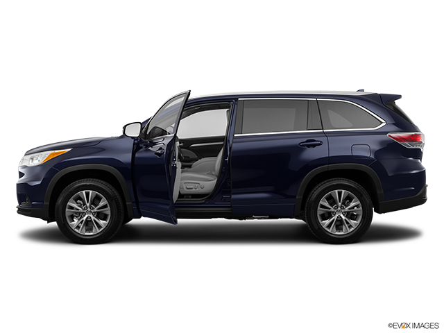 2014 Toyota Highlander Driver's side profile with drivers side door open