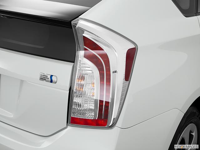 2014 Toyota Prius Passenger Side Taillight
