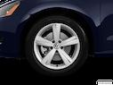 2014 Volkswagen Passat Front Drivers side wheel at profile
