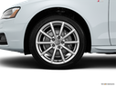 2015 Audi A4 Front Drivers side wheel at profile