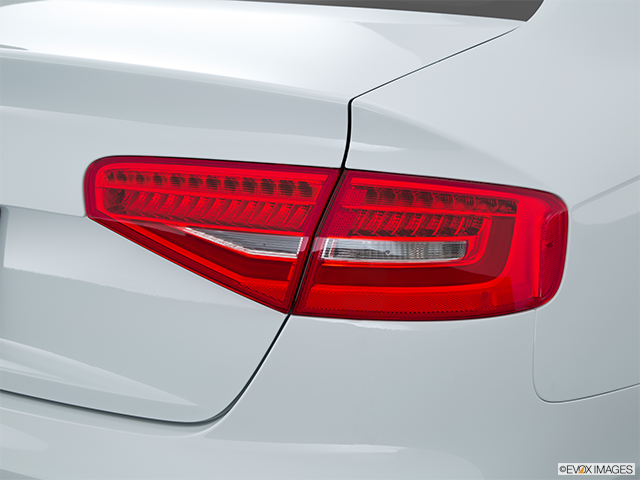 2015 Audi A4 Passenger Side Taillight