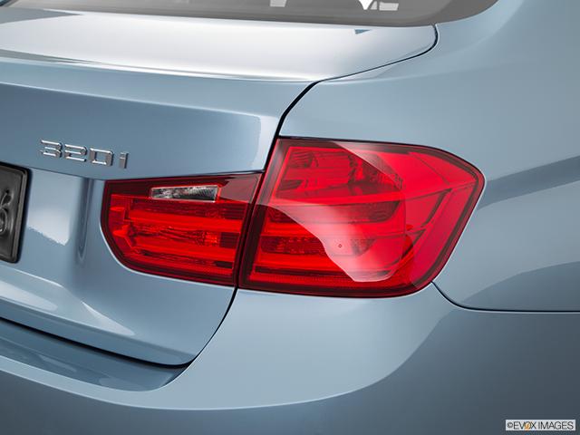 2015 BMW 3 Series Passenger Side Taillight